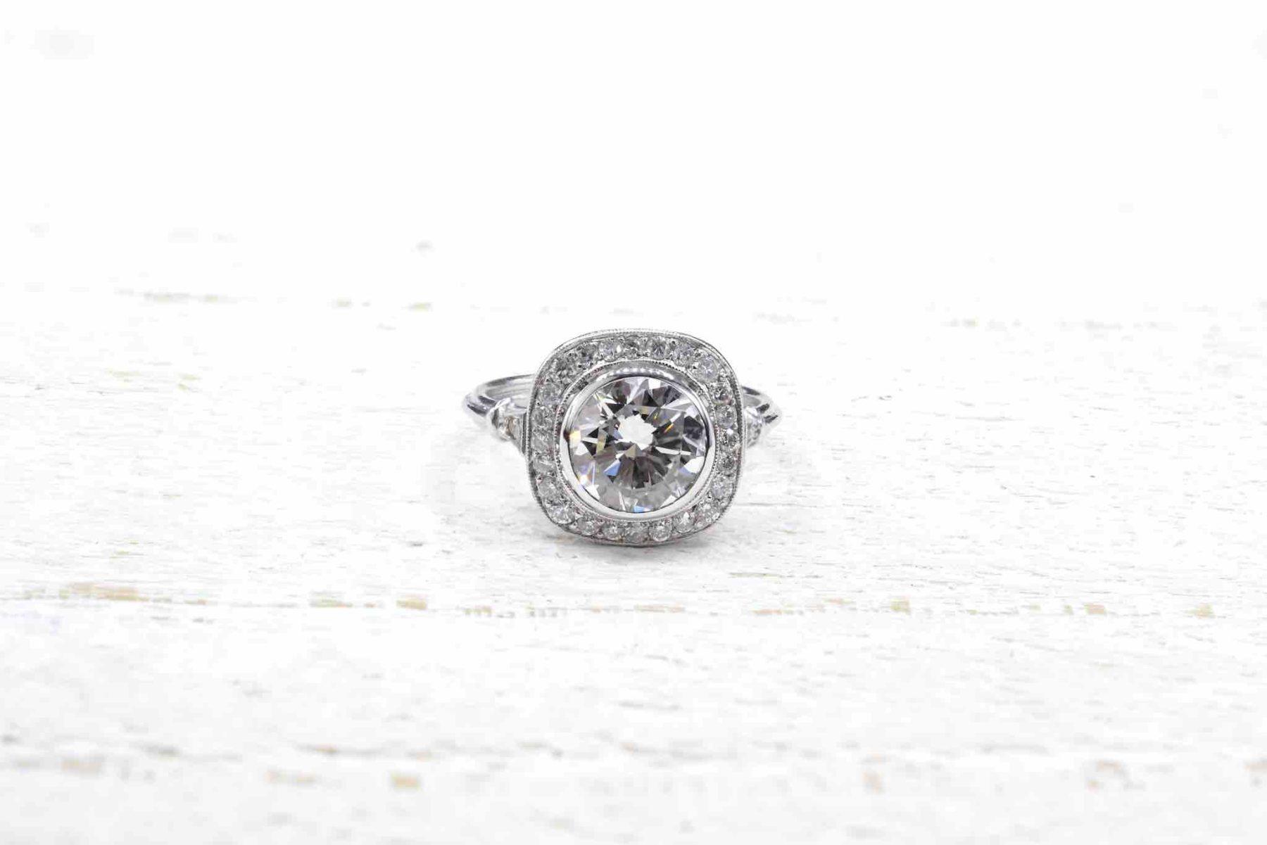 diamonds ring in platinum