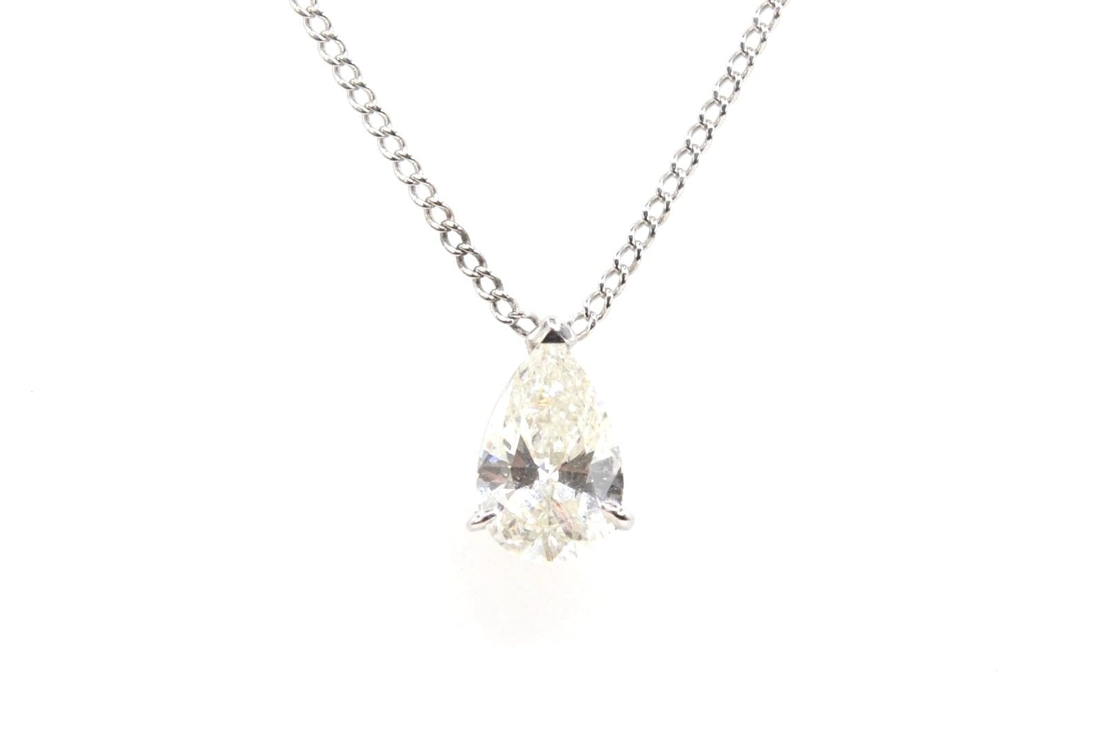 pendentif diamant poire en or blanc 18k