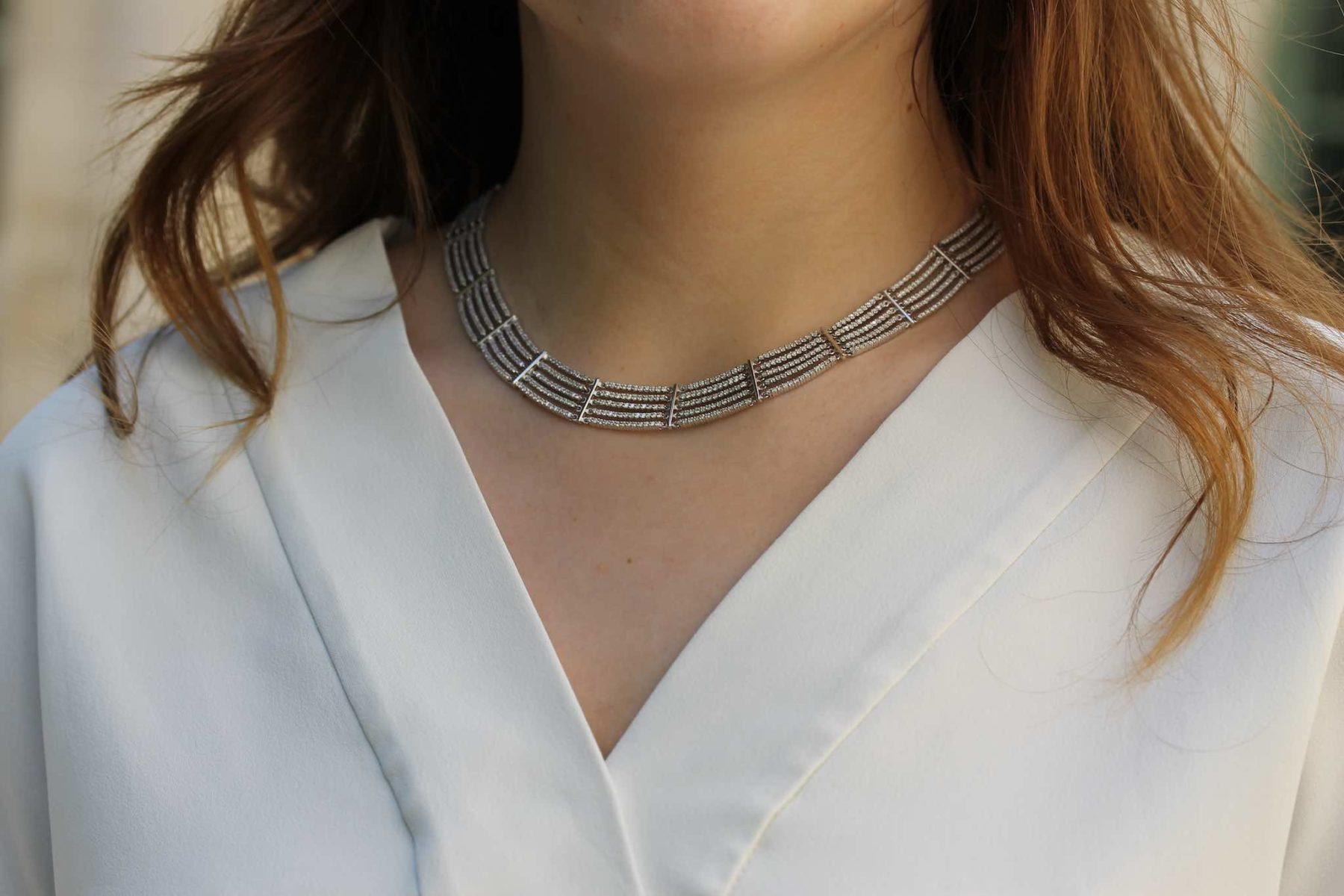 Collier articulé pavé de diamants en or blanc 18k