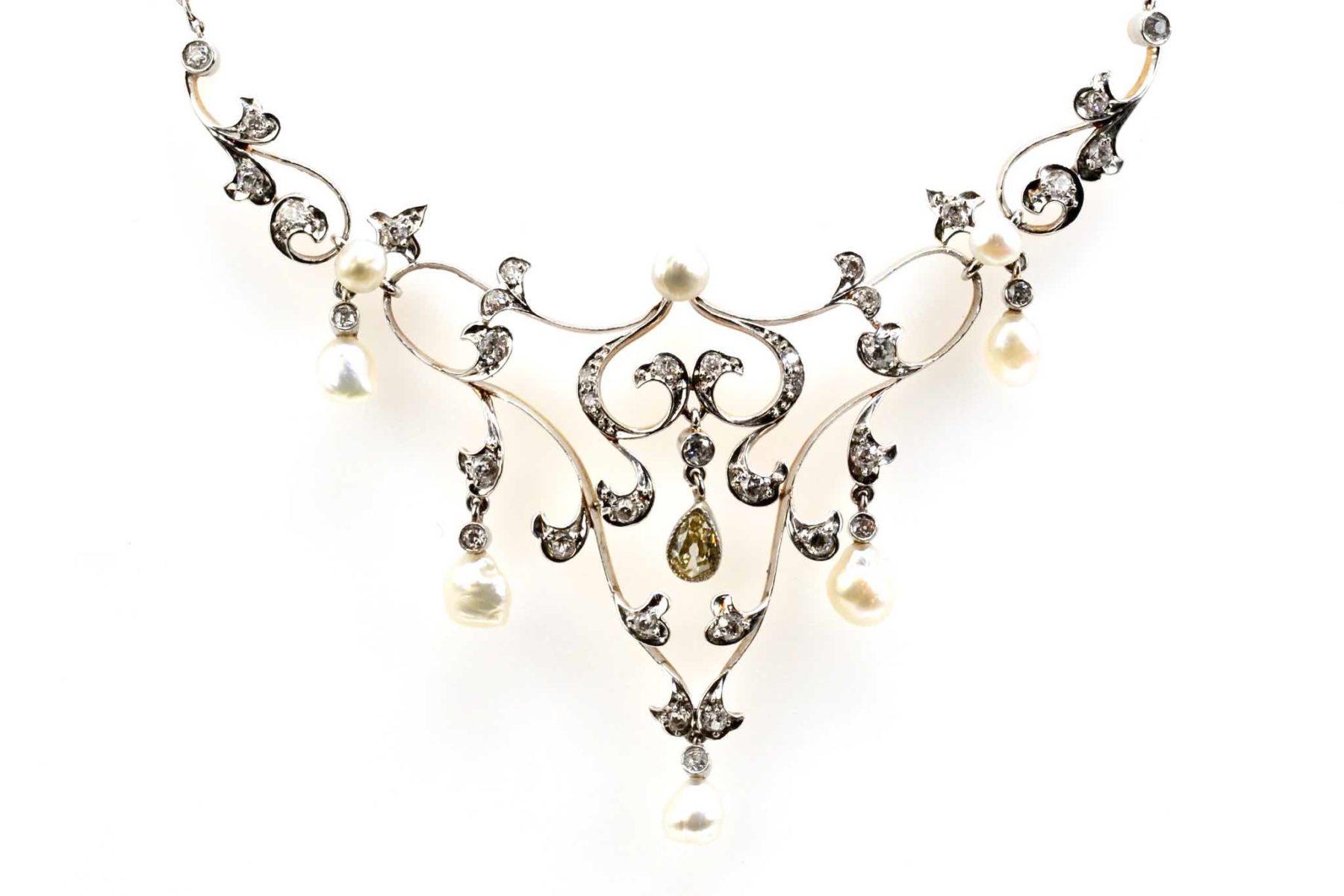 pendentif 19e perles fines