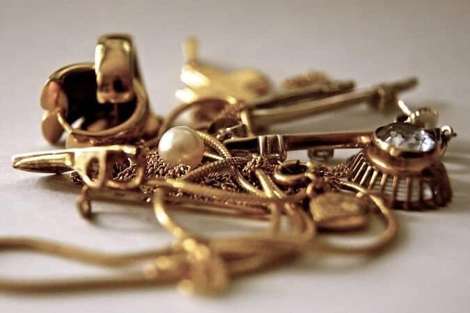 dechets et broutilles d'or