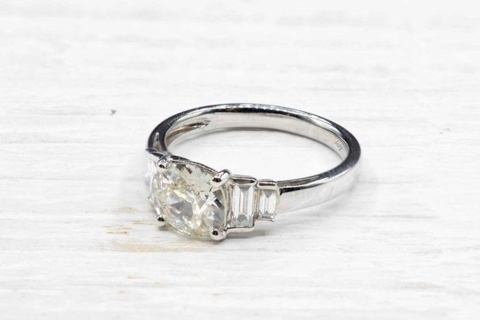 Bague diamant de 1,14 carats de style Art Déco