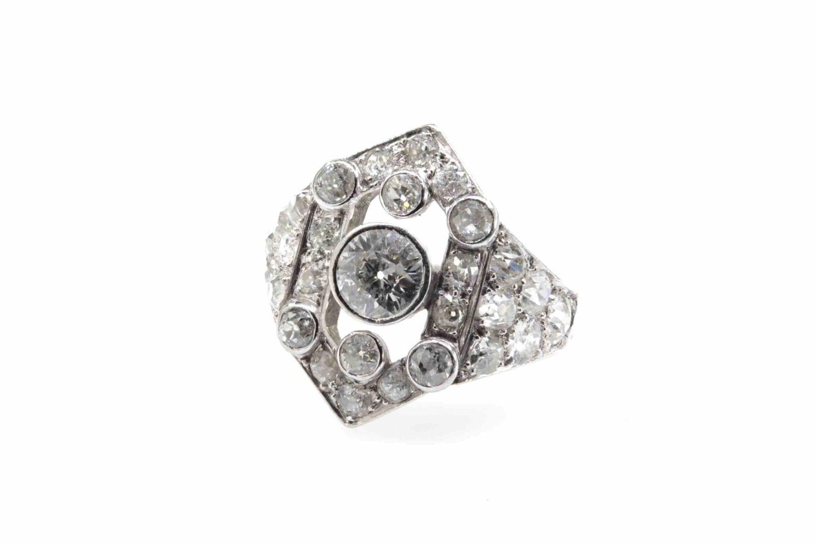 bague Art Déco losange diamants en platine